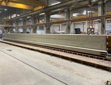 95 ton zware balk Smakkelaarsveld